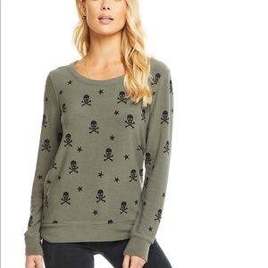 Chaser skull and star pullover